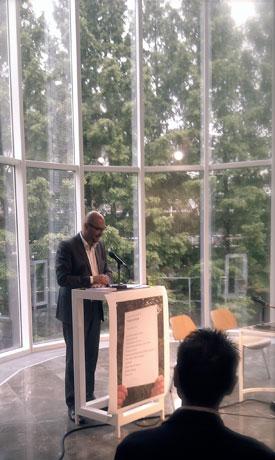 Terras Presentatie op Poetry International